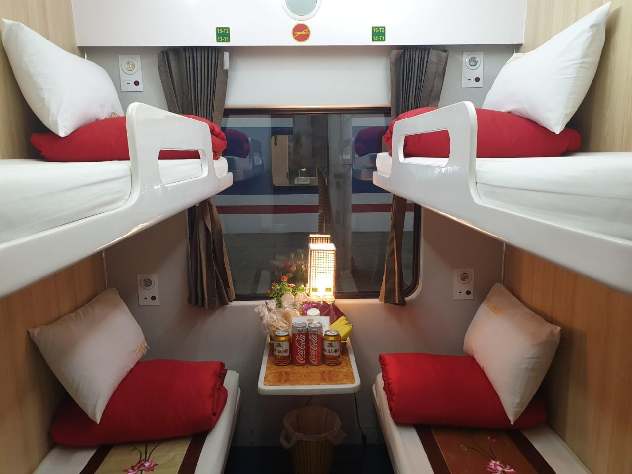Huế - Ninh Bình  (21h30 – 09h20) (Deluxe 4 Berths Cabin, One Way)